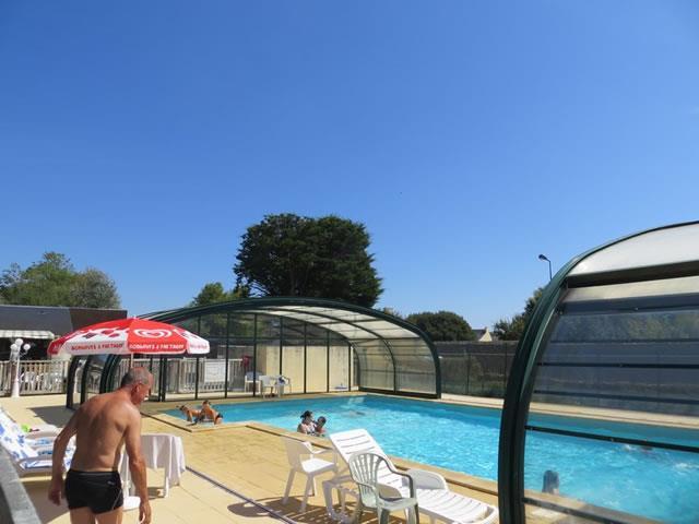 camping bretagne piscine couverte